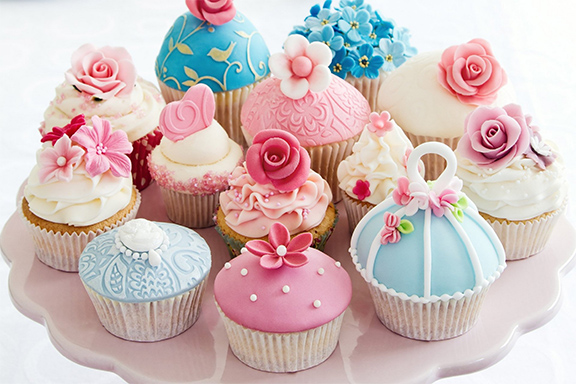 Let's see the history of cupcakes.