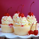Vanilla with -Raspberry jam -Cupcake